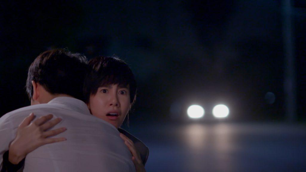 """07 """"สน เอสเธอร์"""" ชุลมุน วิ่งหนีตาย ถูกคนร้ายไล่ยิง"""