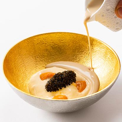 11 ร้าน Le Normandie กับเมนู Caviar sea urchin and potato menu