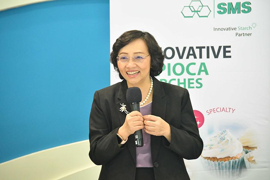02 Mrs. Suwipa Wanasathop