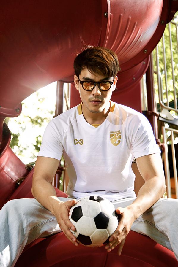 เสื้อกีฬา WARRIX เสื้อเชียร์ทีมชาติไทย