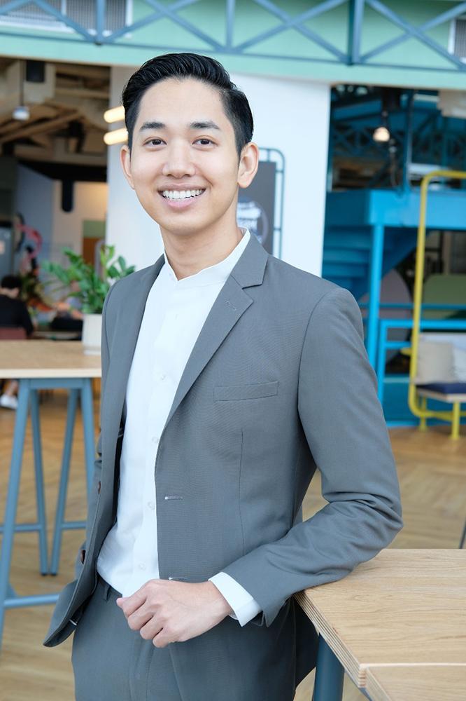 คุณผ่านศึก ธงรบ ผู้อำนวยการฝ่ายเนื้อหา iQiyi อ้ายฉีอี้ ประเทศไทย 2
